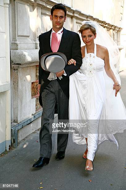 Gurvan Rallon and his wife JeanneMarie Martin arrive at Richard Attias' house on May 10 2008 in Paris France