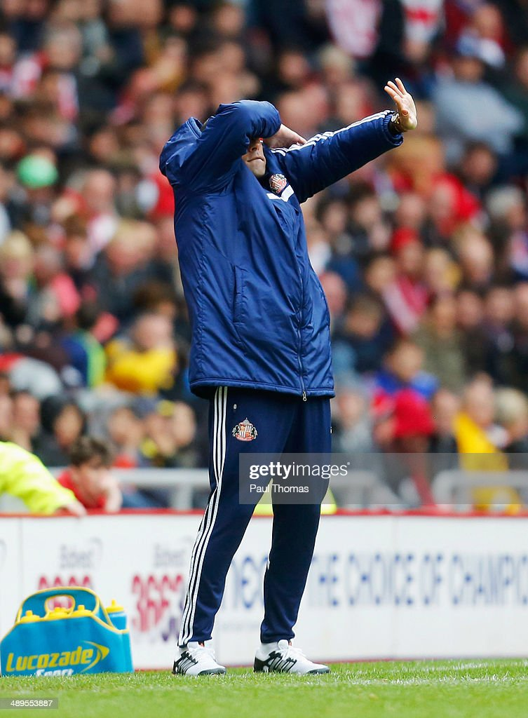 Gus Poyet manager of Sunderland reacts during the Barclays Premier League match between Sunderland and Swansea City at Stadium of Light on May 11, 2014 in Sunderland, England.