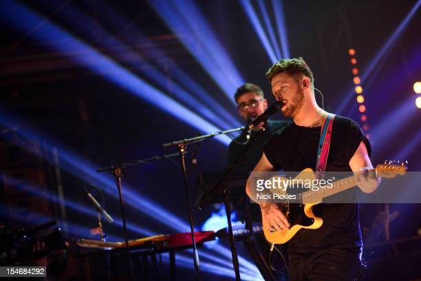 Gus UngerHamilton and Joe Newman of AltJ perform on stage for The Barclaycard Mercury Prize 'Albums of the Year Live' at LSO St Lukes on October 24...