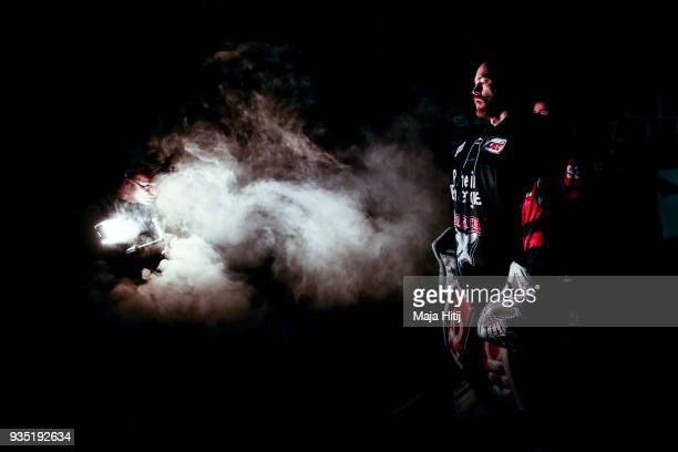 Gustaf Wesslau of Koelner Haie pauses prior Koelner Haie and Thomas Sabo Ice Tigers DEL Playoffs Quarter Final Game 4 at Lanxess Arena on March 20...