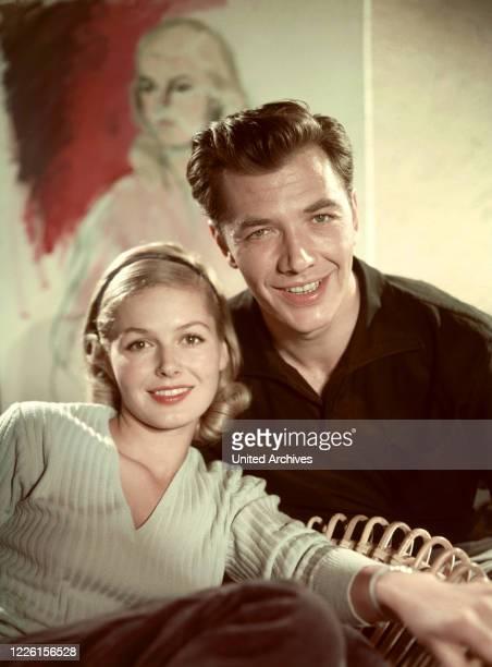 NARR / D 1957 / Gustav Ucicky GERHARD RIEDMANN als Harro und GUDULA BLAU als Rosemarie