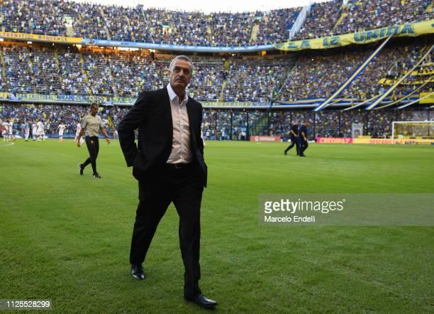Gustavo Alfaro coach of Boca Juniors looks on before a match between Boca Juniors and Lanus as part of Superliga 2018/19 at Estadio Alberto J Armando...