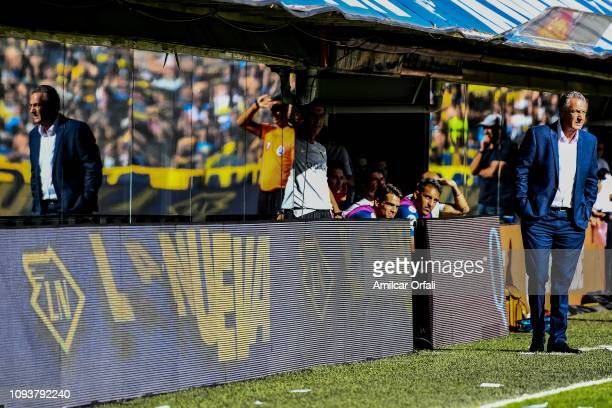 Gustavo Alfaro head coach of Boca Juniors looks on during a match between Boca Juniors and Godoy Cruz as part of Superliga 2018/19 at Estadio Alberto...
