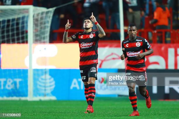 Gustavo Bou of Tijuana celebrates after scoring the equalizer during the quarterfinals first leg match between Tijuana and Leon as part of the Torneo...