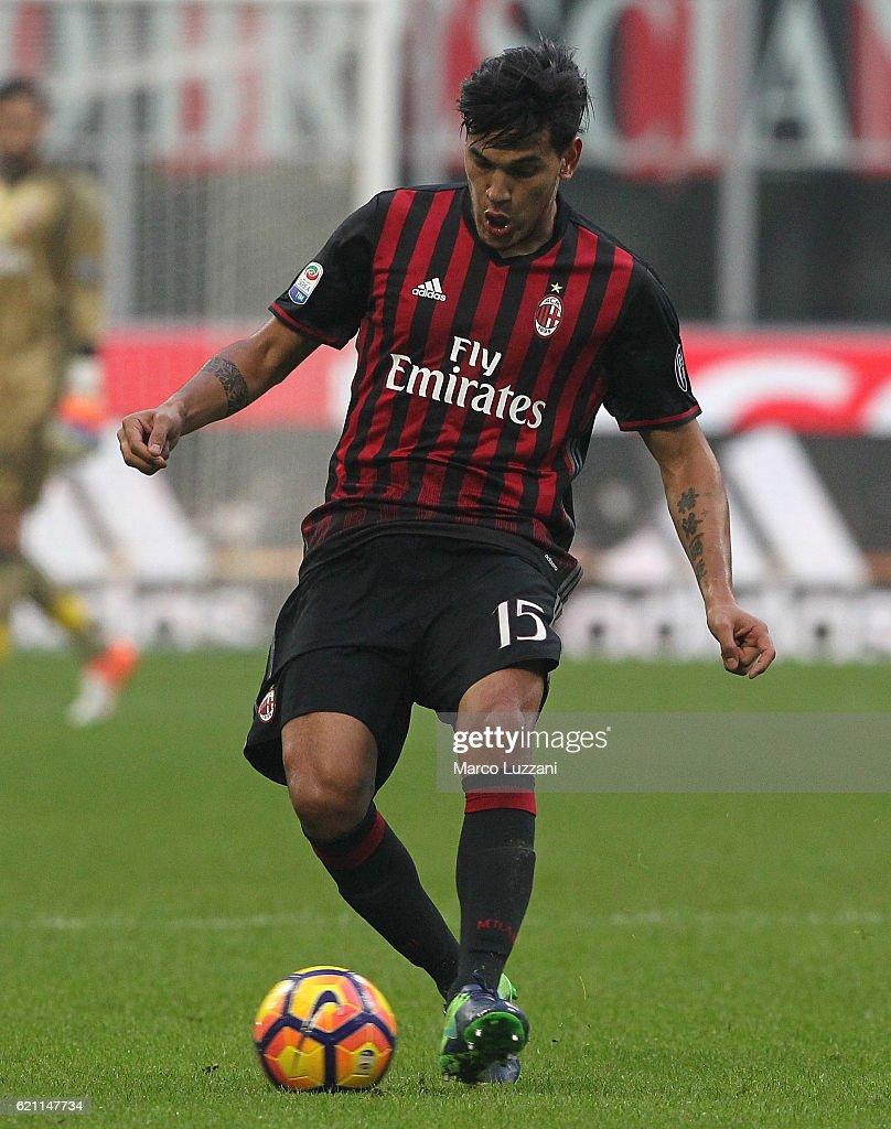 AC Milan v Pescara Calcio - Serie A