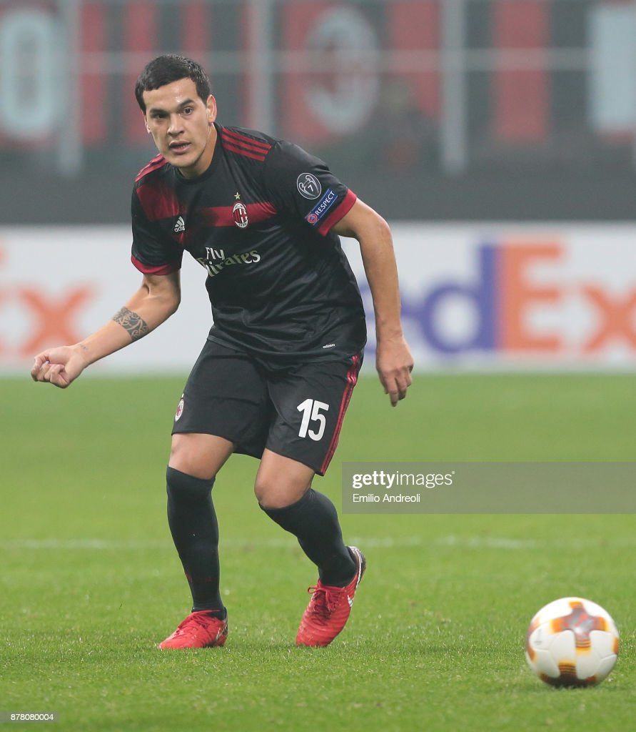 Gustavo Gomez of AC Milan in action during the UEFA Europa League group D match between AC Milan and Austria Wien at Stadio Giuseppe Meazza on November 23, 2017 in Milan, Italy.