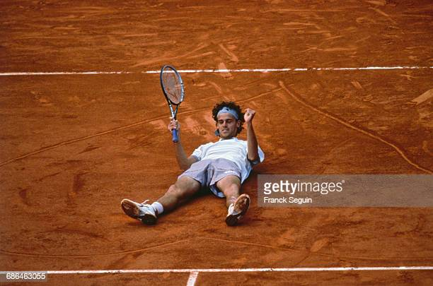 Gustavo Kuerten at the Roland Garros 2001 men's finals.