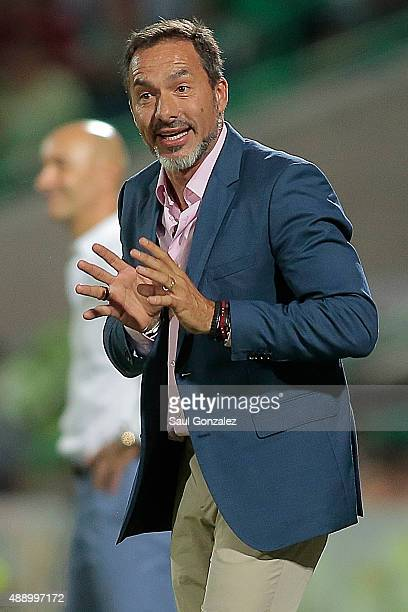 Gustavo Matosas coach of Atlas gives instructions to his players during a 9th round match between Santos Laguna and Atlas as part of the Apertura...
