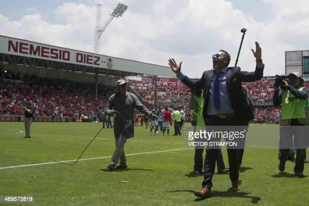 Gustavo Matosas coach of Leon celebrates their victory over Toluca and the qualification for the final during their Mexican Clausura tournament...