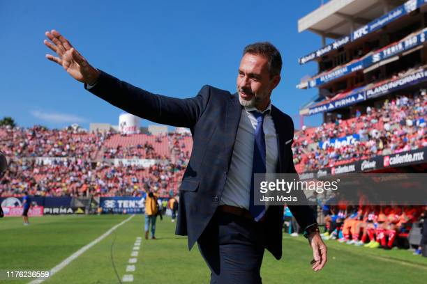 Gustavo Matosas Head Coach of San Luis greets during the 10th round match between Atletico San Luis and Santos Laguna as part of the Torneo Apertura...