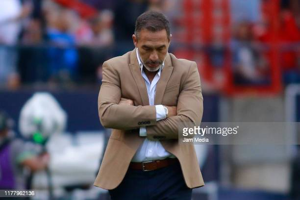 Gustavo Matosas Head Coach of San Luis lament during the 12th round match between Atletico San Luis and Tijuana as part of the Torneo Apertura 2019...