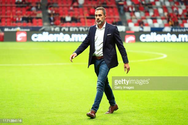 Gustavo Matosas Head Coach of San Luis walks on the field prior the 11th round match between Toluca and Atletico San Luis as part of the Torneo...