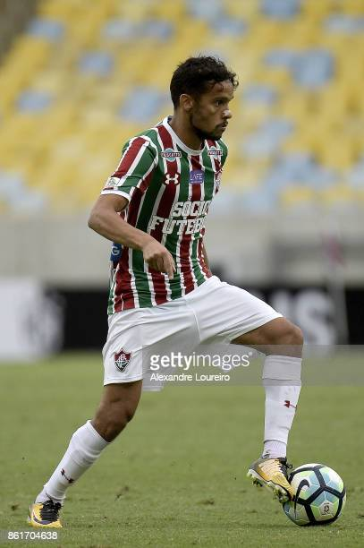 Gustavo Scarpa of Fluminense runs with the ball during the match between Fluminense and Avai as part of Brasileirao Series A 2017 at Maracana Stadium...