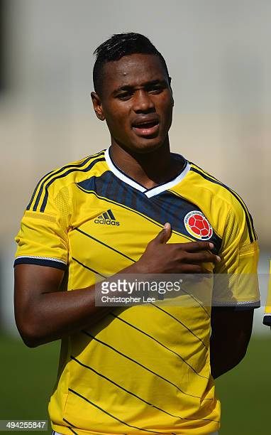 Gustavo Torres of Colombia sings his national anthem during the Toulon Tournament Group B match between Colombia and Qatar at the Stade De Lattre on...