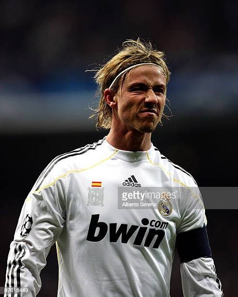 Guti of Real Madrid in action during the UEFA Champions League round of sixteen, second leg match between Real Madrid and Lyon at Estadio Santiago...