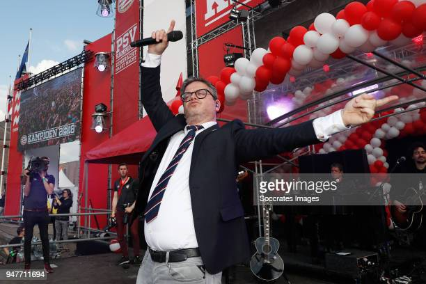 Guus Meeuwis at Stadhuisplein Eindhoven during the PSV Championship celebration at the City hall on April 16 2018 in Eindhoven Netherlands