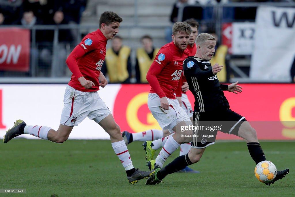 Van Til Alkmaar.Guus Til Of Az Alkmaar Donny Van De Beek Of Ajax During The