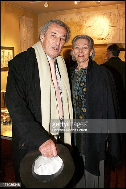 Guy and Anne Marie De Rougemont at The Joint Private Function Of Wendy Artin And Marina Cicogna At La Galerie Du Passage Pierre Passebon In Paris