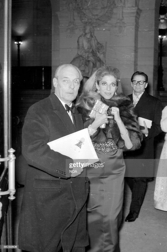 Guy de Rothschild and his wife. Premiere of a film ' A Countess from Hong Kong ' of Charlie Chaplin, in the Garnier opera. Paris, 1967. HA
