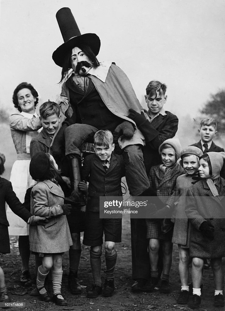 Guy Fawkes Day, Getting Ready For The Big Bang At Aldersbrook In United Kingdom On 1947