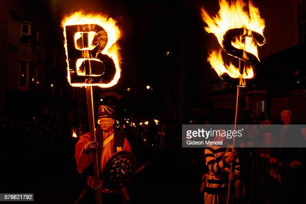 guy fawkes night celebrations in lewes - utc−10:00 stock pictures, royalty-free photos & images