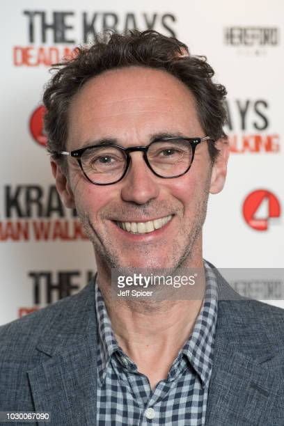 guy henry 画像と写真 getty images
