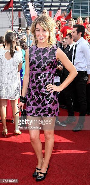 Guy Sebastian's girlfriend Julie Egan arrives on the red carpet at the 2007 ARIA Awards at Acer Arena on October 28 2007 in Sydney Australia The 21st...