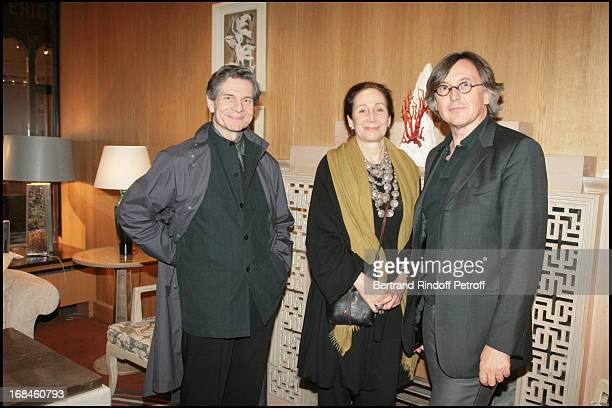 Guy Sorman Marie Dominique Deniau Et Pierre Passebon at Private Viewing Of An American In Paris Selection Of Furnitures At Pierre Passebon Gallery Du...
