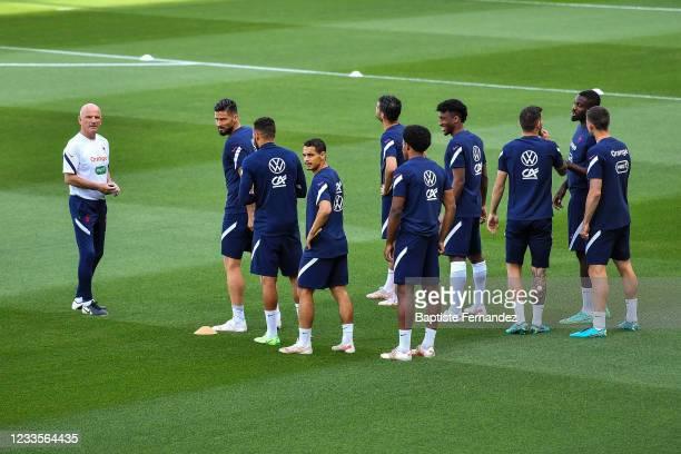 Guy STEPHAN assistant coach of France, Olivier GIROUD of France,Wissam BEN YEDDER of France, Kingsley COMAN of France, Jules KOUNDE of France, Marcus...