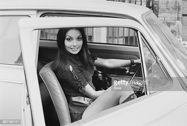 Guyanese-British model and actress Shakira Baksh, UK, 30th April 1971. She married actor Michael Caine in 1973.