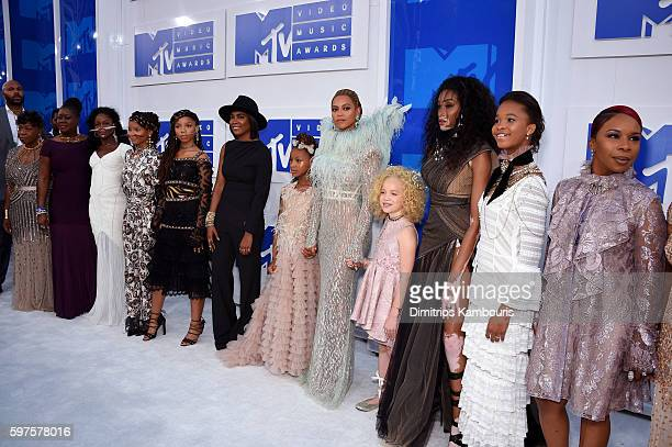 Gwen Carr Sybrina Fulton Chloe Bailey Halle Bailey Beyonce Winnie Harlow Quvenzhane Wallis and Lesley McFadden attend the 2016 MTV Video Music Awards...