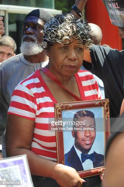 Gwen Carr the mother of Eric Garner demonstrates with families of New Yorkers killed by the New York City Police Department in front of Governor...