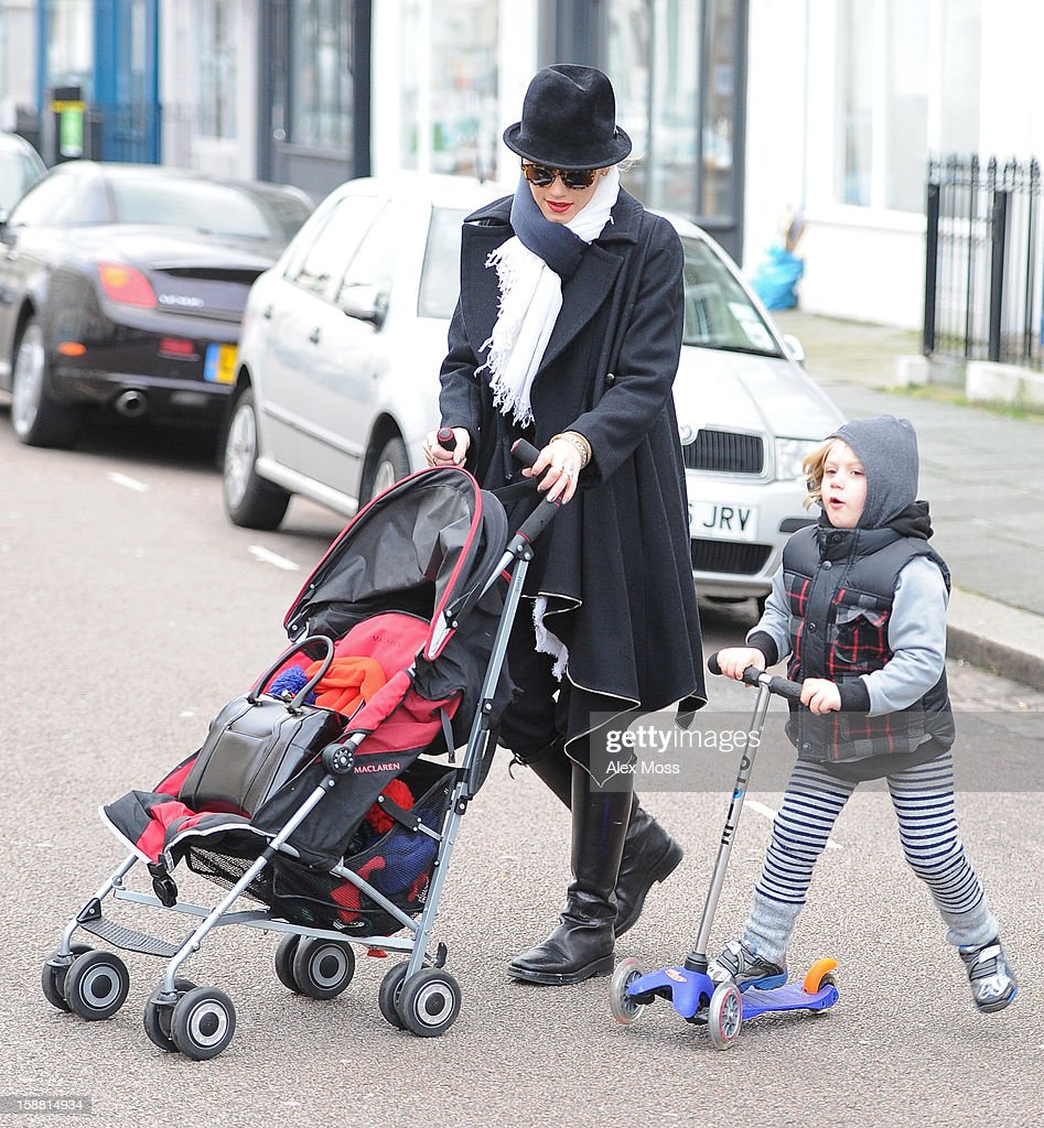 Gwen Stefani Sighting In London - December 30, 2012