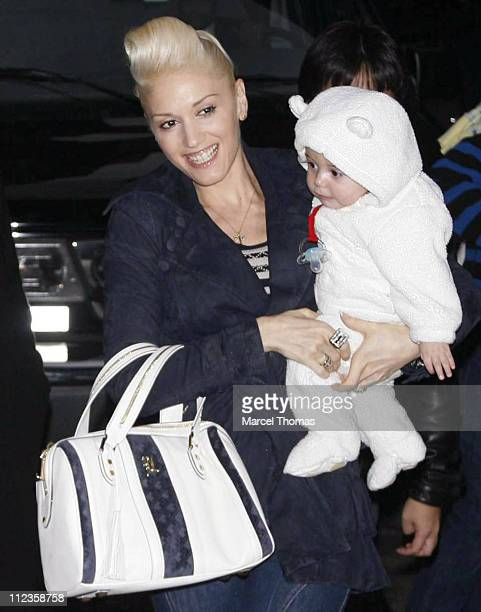 Gwen Stefani and son Kingston James Rossdale during Gwen Stefani and Howard Stern Visit The Late Show with David Letterman December 12 2006 at Ed...