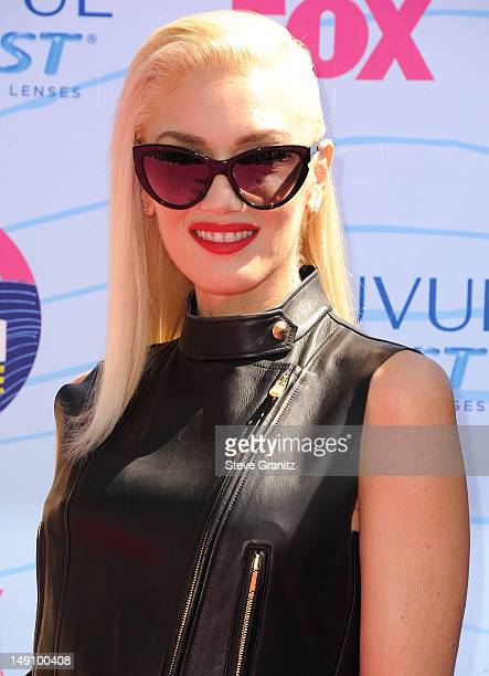 Gwen Stefani arrives at the 2012 Teen Choice Awards at Gibson Amphitheatre on July 22 2012 in Universal City California