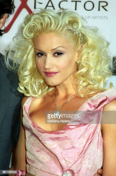Gwen Stefani at the premiere of 'The Aviator' held at Grauman's Chinese Theater in Hollywood Calif on December 1 2004