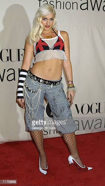Gwen Stefani attends the 2001 VH1/Vogue Fashion Awards October 19 2001 in New York City