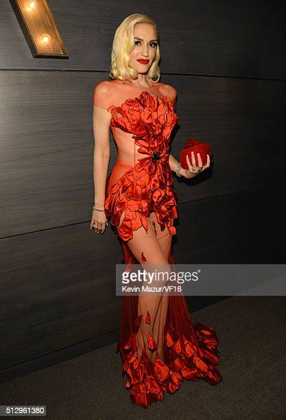 Gwen Stefani attends the 2016 Vanity Fair Oscar Party Hosted By Graydon Carter at the Wallis Annenberg Center for the Performing Arts on February 28...