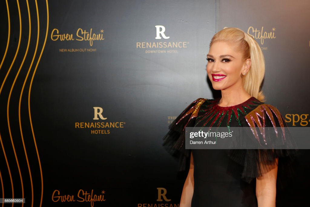 Gwen Stefani Performs at the Opening of the Renaissance Downtown Hotel, Dubai for Marriott Rewards & SPG Members : Nyhetsfoto
