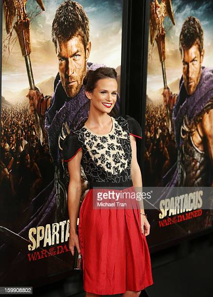 Gwendoline Taylor Arrives At The Los Angeles Premiere Of Spartacus War Of The Damned