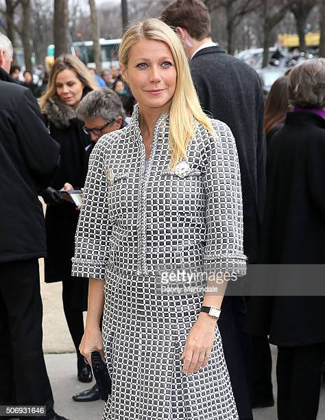 Gwyneth Paltrow arrives at the Chanel Haute Couture Spring Summer 2016 show as part of Paris Fashion Week on January 26 2016 in Paris France