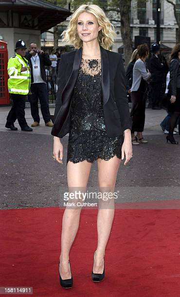Gwyneth Paltrow Arriving In London'S Leicester Square For The Premiere Of Ironman