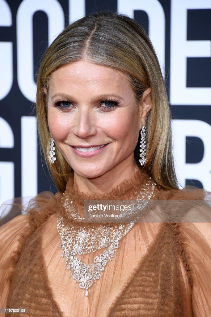 77th Annual Golden Globe Awards - Arrivals : Fotografía de noticias