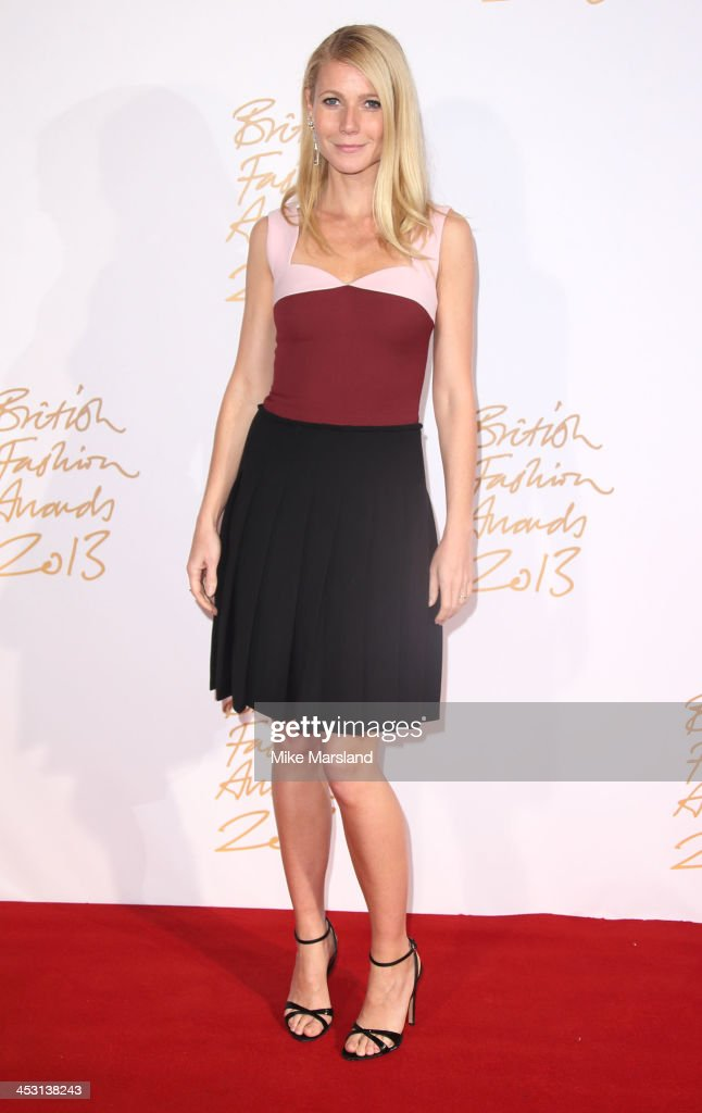 Gwyneth Paltrow poses in the winners room at the British Fashion Awards 2013 at London Coliseum on December 2, 2013 in London, England.