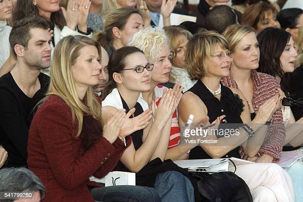 """Gwyneth Paltrow, Virginie Ledoyen, X, Kate Capshaw, her daughter Jessica and Elsa Zylberstein attend the Chanel 2002 Spring/Summer """"Haute Couture""""..."""