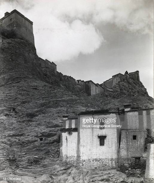 Gyantse Dzong from the east. By J.B. Noel. Mount Everest Expedition 1922.