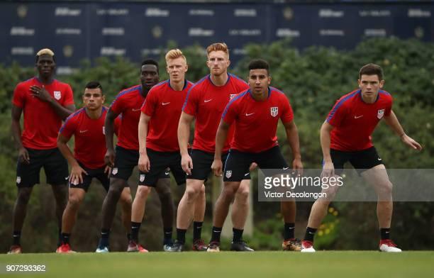 Gyasi Zardes Nick Lima CJ Sapong Justen Glad Tim Parker Brandon Vincent and Wil Trapp of the US Men's National Soccer Team practice a set piece...