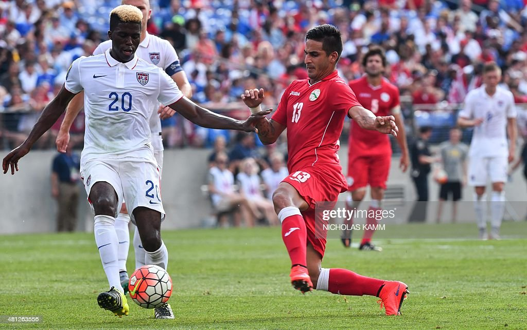 FBL-CONCACAF-GOLD CUP-USA-CUB : News Photo