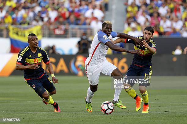 Gyasi Zardes of United States and Sebastian Perez of Colombia go for the ball during the 2016 Copa America Centenario Group match between the United...