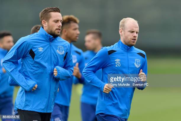 Gylfi Sigurdsson and Davy Klaassen during the Everton training session at USM Finch Farm on September 27 2017 in Halewood England